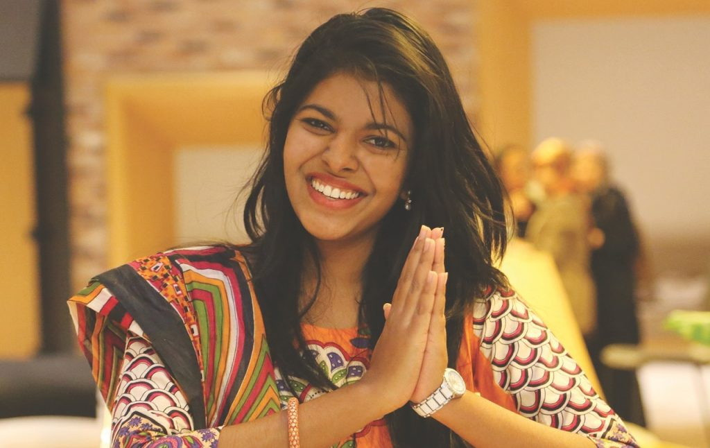 woman, smiling, gesture